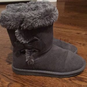 Sonoma gray winter faux fur girl's boots with bow
